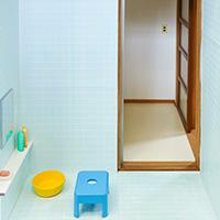 タイルの浴室